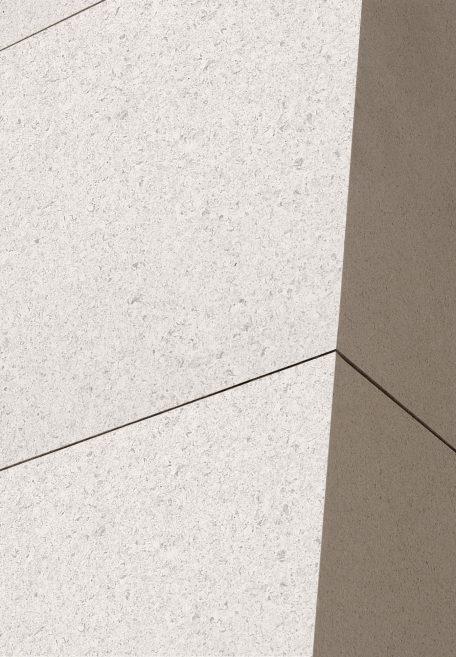 Aspect minéral Carea Lisse mat, pour une façade urbaine (bardage avec ossature et sans ossature, vêture)