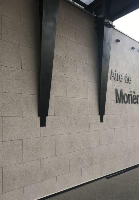 Aire de services près d'Avignon (83)