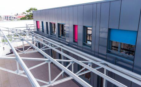 Façade Maison de l'entrepreneuriat de Dunkerque, La Turbine (59) - Bardage avec ossature (BAO)(sur ossature bois)
